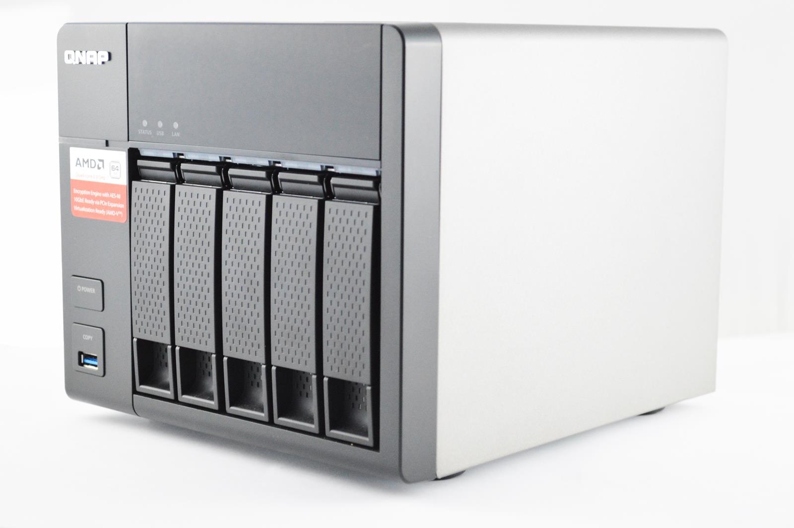 QNAP TS-563-3